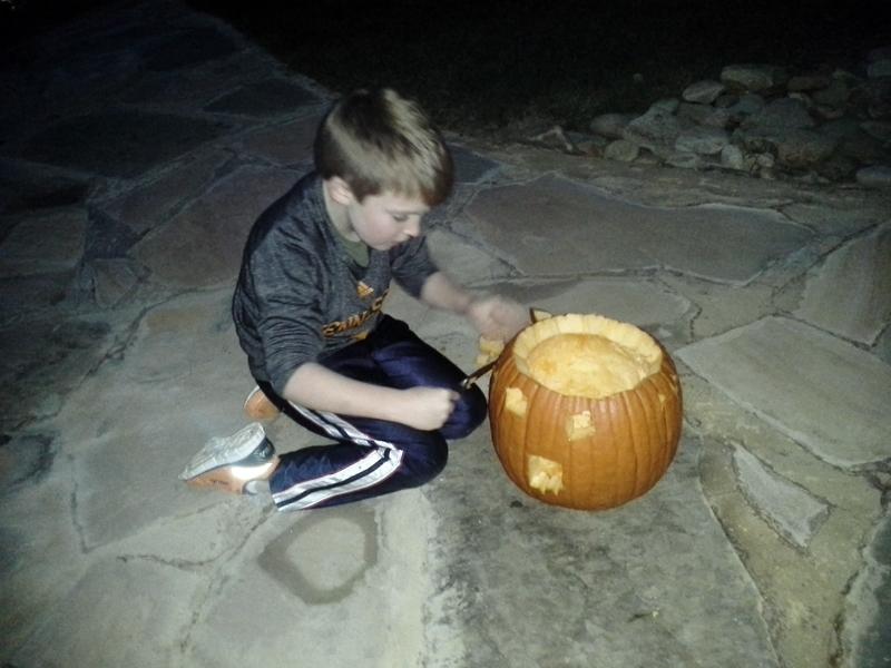 Jeremy carves