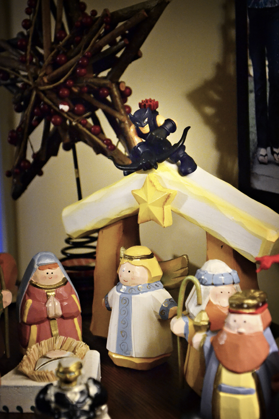 Hawkeye protects Baby Jesus
