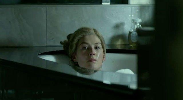 gonegirl-bathtub